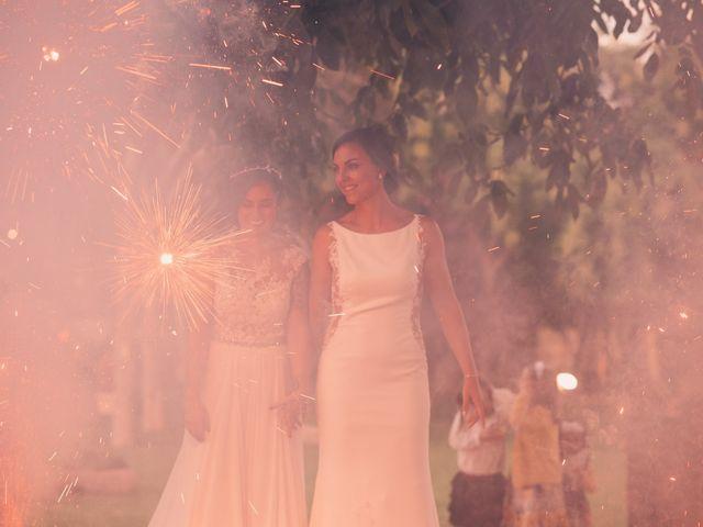 La boda de Laura y Erika en La Cañada De Calatrava, Ciudad Real 127