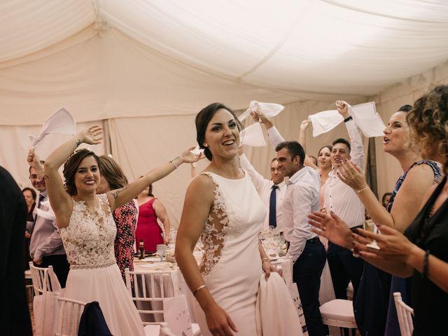 La boda de Laura y Erika en La Cañada De Calatrava, Ciudad Real 141