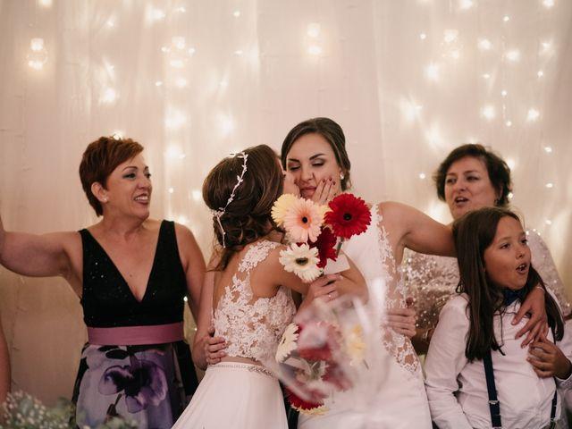 La boda de Laura y Erika en La Cañada De Calatrava, Ciudad Real 152