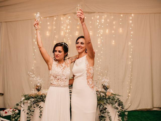 La boda de Laura y Erika en La Cañada De Calatrava, Ciudad Real 173