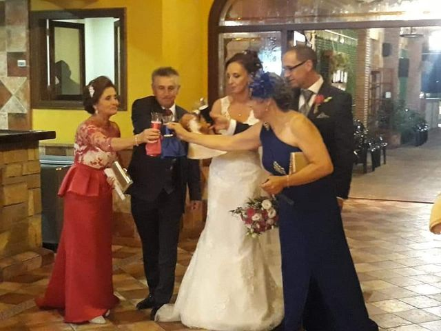 La boda de Juan Bautista y Elizabeth en Priego De Cordoba, Córdoba 4