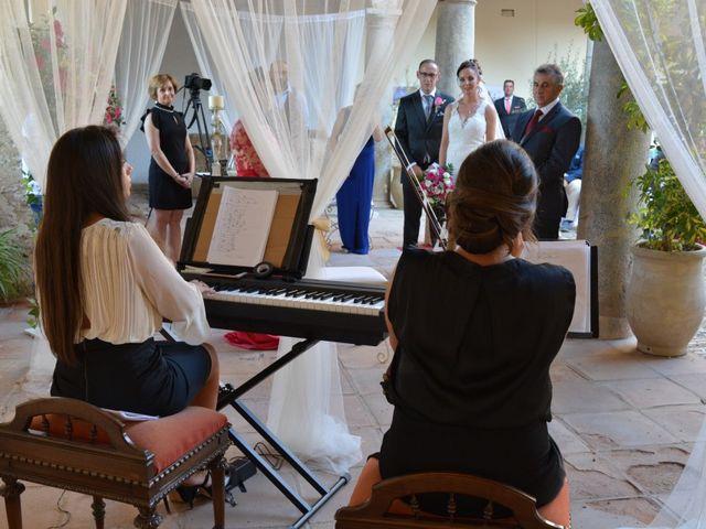 La boda de Juan Bautista y Elizabeth en Priego De Cordoba, Córdoba 24