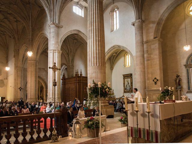 La boda de Javi y Carmen en San Clemente, Cuenca 21
