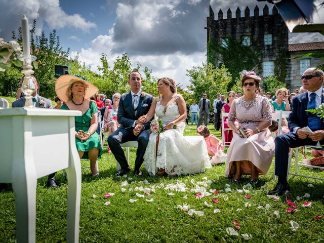 La boda de Rubén y Susana en Vilanova De Arousa, Pontevedra 24