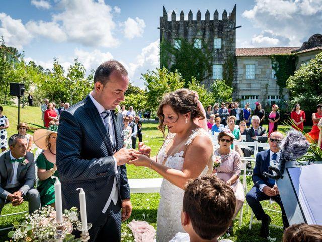 La boda de Rubén y Susana en Vilanova De Arousa, Pontevedra 27