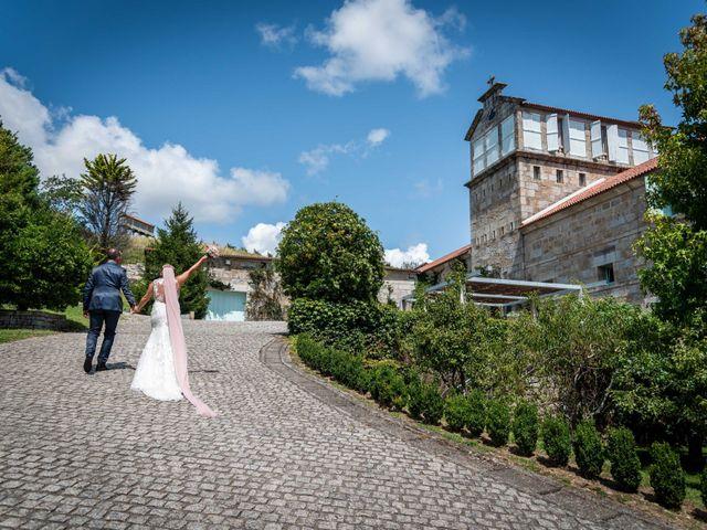 La boda de Rubén y Susana en Vilanova De Arousa, Pontevedra 39