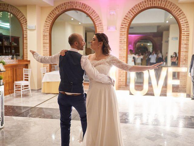 La boda de Jose y Elodie en Valencia, Valencia 41