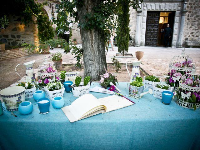 La boda de Lourdes y Guillermo en Toledo, Toledo 16