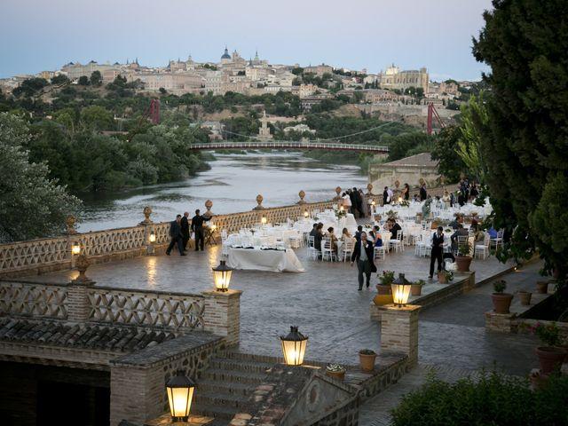 La boda de Lourdes y Guillermo en Toledo, Toledo 17