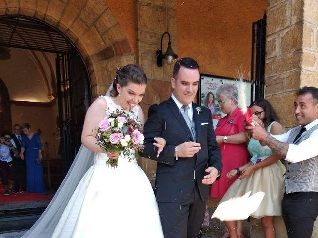 La boda de Omar y Tamara en Oviedo, Asturias 3