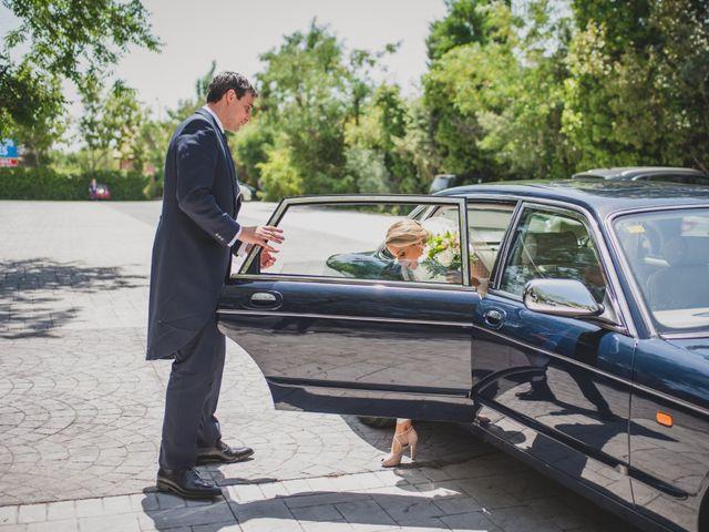 La boda de Fernando y Gema en Madrid, Madrid 88