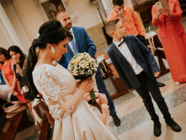 La boda de Cristi y Mirela en Sant Carles De La Rapita, Tarragona 15