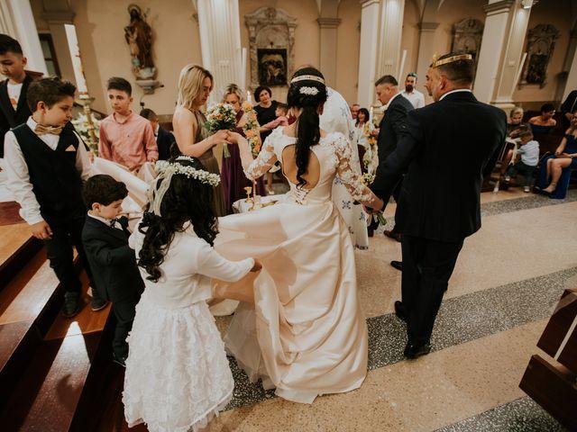 La boda de Cristi y Mirela en Sant Carles De La Rapita, Tarragona 24