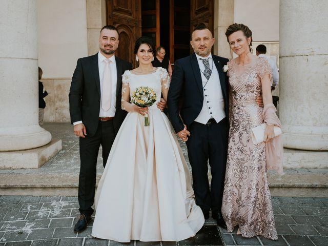 La boda de Cristi y Mirela en Sant Carles De La Rapita, Tarragona 41