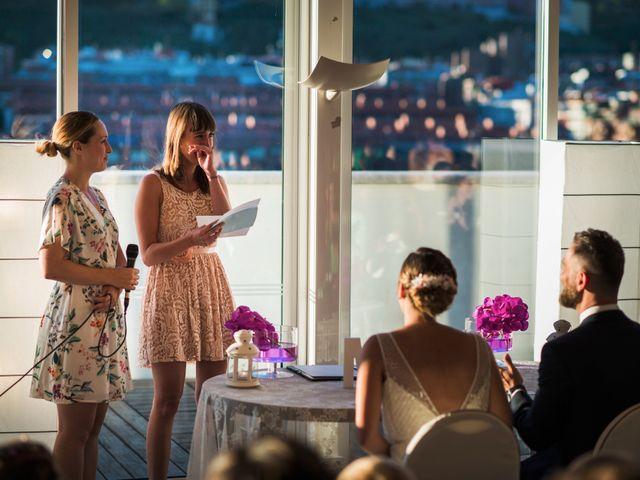 La boda de Oscar y Maite en Bilbao, Vizcaya 28