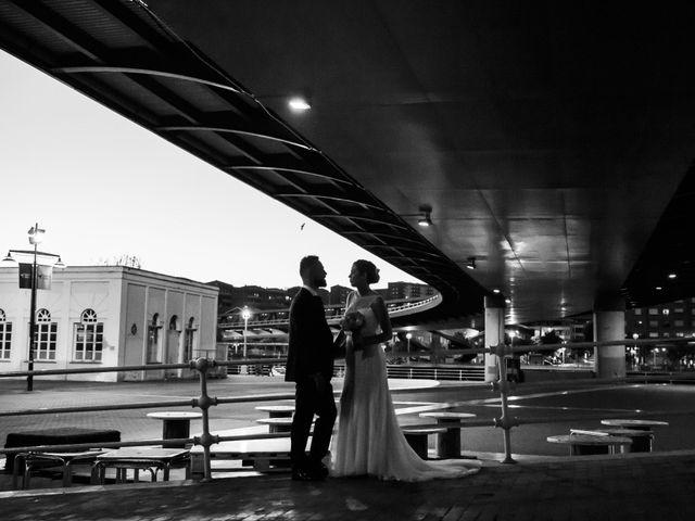 La boda de Oscar y Maite en Bilbao, Vizcaya 47