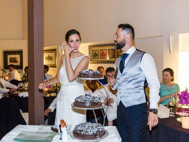 La boda de Oscar y Maite en Bilbao, Vizcaya 56
