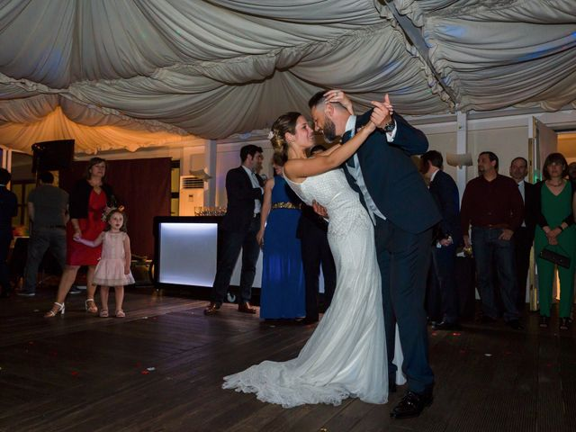 La boda de Oscar y Maite en Bilbao, Vizcaya 60