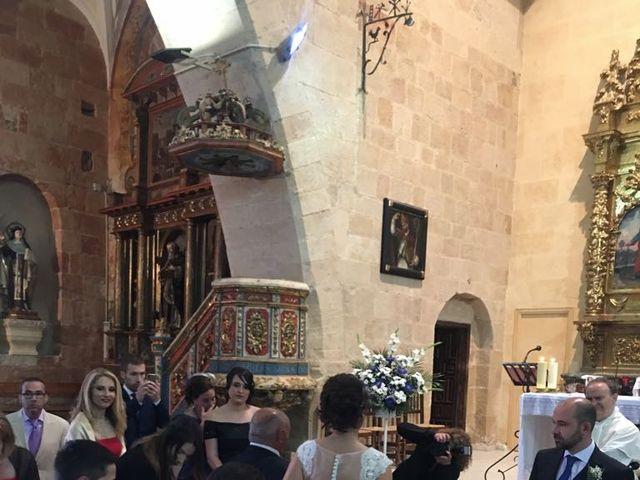 La boda de Rodrigo y Rocío en Villoruela, Salamanca 5