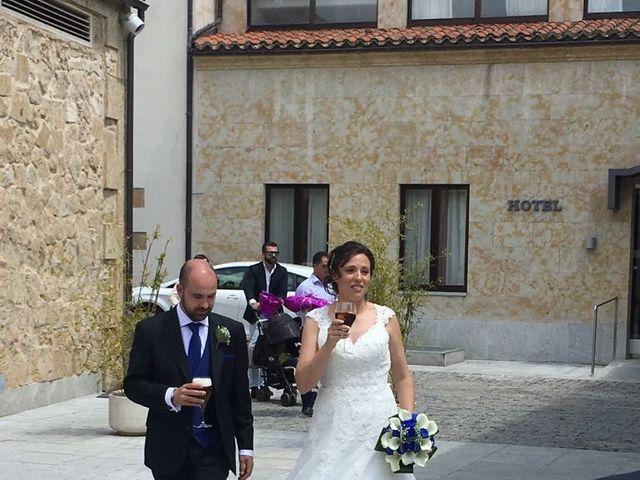 La boda de Rodrigo y Rocío en Villoruela, Salamanca 1