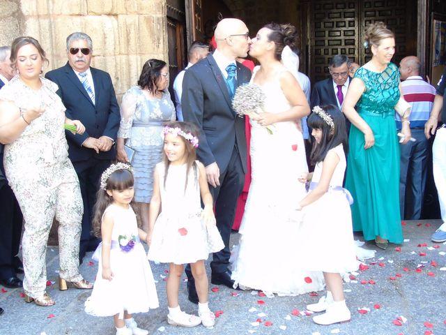 La boda de Adrián y Ruth en Cáceres, Cáceres 3
