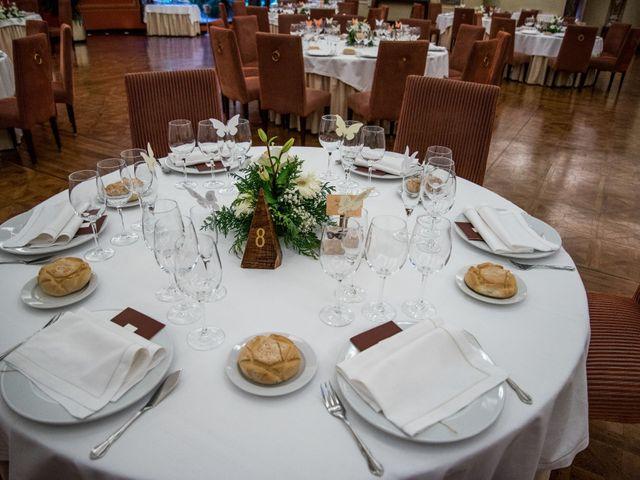 La boda de Dani y Silvia en Valladolid, Valladolid 28