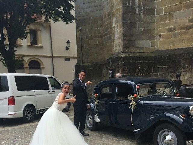 La boda de Alberto y Naiara en Bermeo, Vizcaya 10