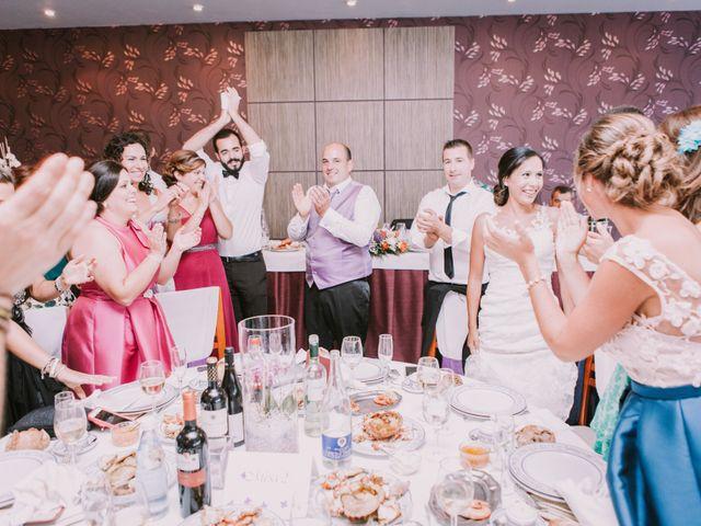 La boda de Miguel y Ana en Vigo, Pontevedra 32