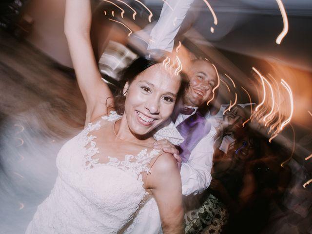 La boda de Miguel y Ana en Vigo, Pontevedra 33
