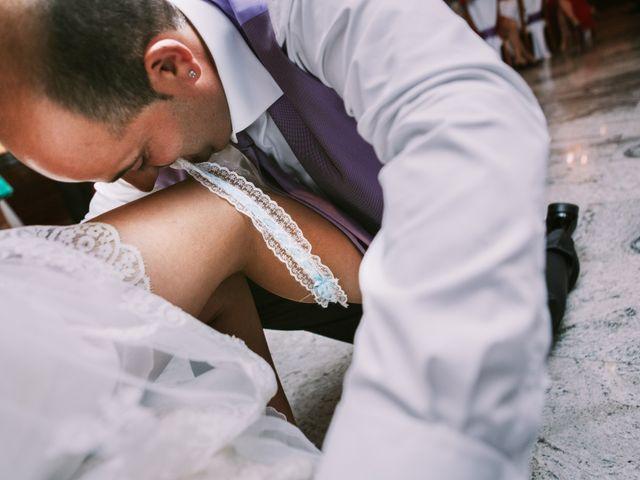 La boda de Miguel y Ana en Vigo, Pontevedra 40