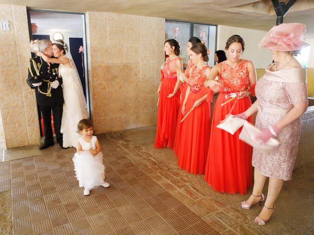La boda de Gonzalo y Natalia en Alcala De Guadaira, Sevilla 11