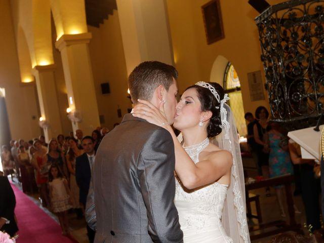 La boda de Gonzalo y Natalia en Alcala De Guadaira, Sevilla 18