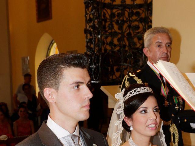 La boda de Gonzalo y Natalia en Alcala De Guadaira, Sevilla 19