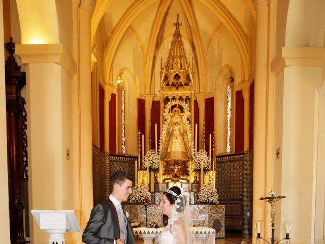 La boda de Gonzalo y Natalia en Alcala De Guadaira, Sevilla 20