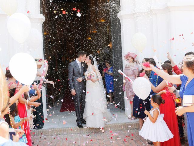 La boda de Gonzalo y Natalia en Alcala De Guadaira, Sevilla 21