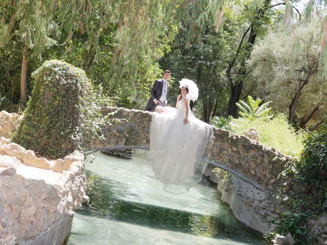 La boda de Gonzalo y Natalia en Alcala De Guadaira, Sevilla 27