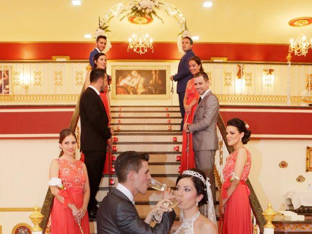 La boda de Gonzalo y Natalia en Alcala De Guadaira, Sevilla 28