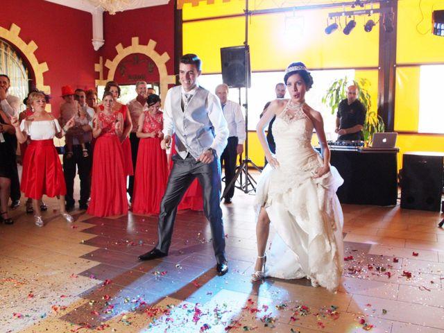La boda de Gonzalo y Natalia en Alcala De Guadaira, Sevilla 33