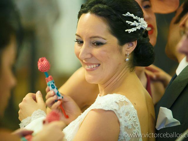 La boda de Esther y Rafael  en Guillena, Sevilla 23
