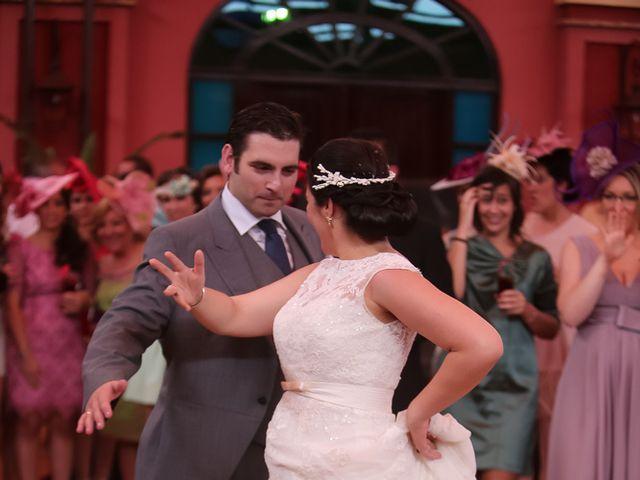 La boda de Esther y Rafael  en Guillena, Sevilla 34