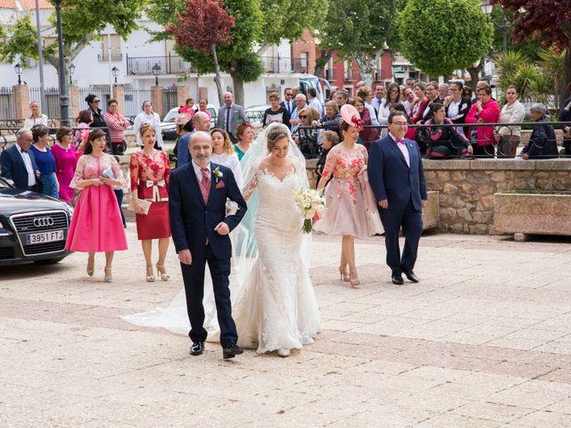 La boda de Ismael y Laura en Miguelturra, Ciudad Real 38