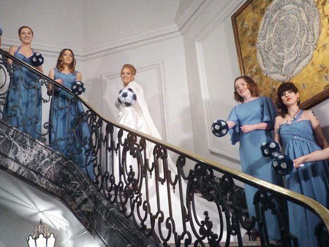 La boda de Santi y Cris en El Molar, Madrid 11
