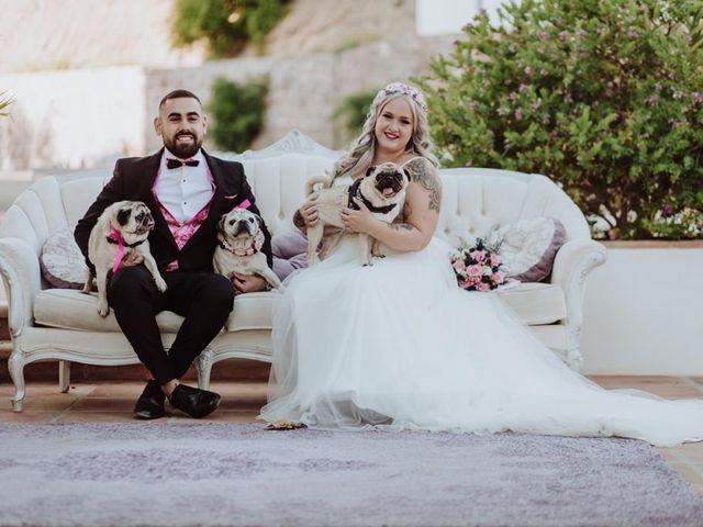 La boda de Adrián  y Noemí  en Málaga, Málaga 15