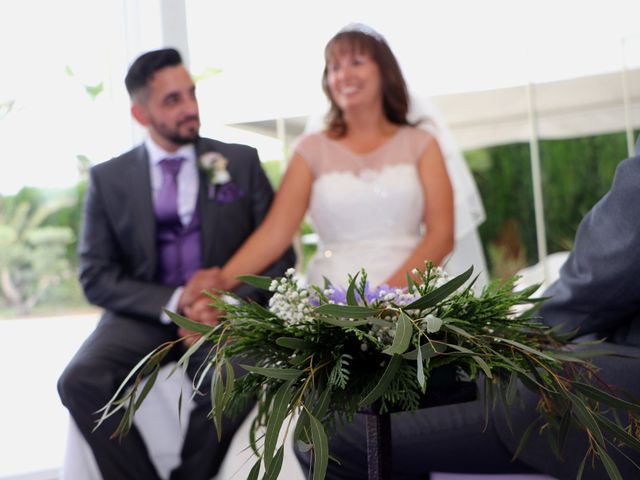 La boda de Carlos y Kay en Petrer, Alicante 5