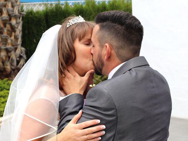 La boda de Carlos y Kay en Petrer, Alicante 10