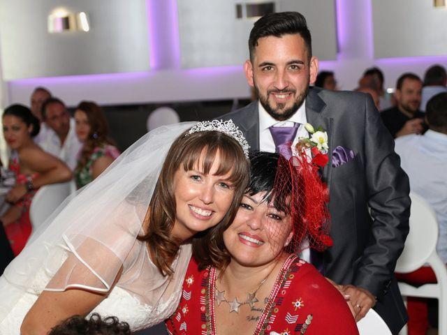 La boda de Carlos y Kay en Petrer, Alicante 16