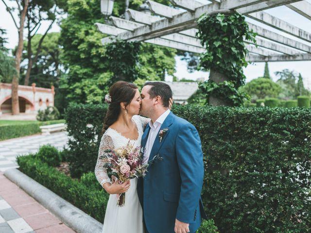 La boda de Javier y Claudia en Madrid, Madrid 11