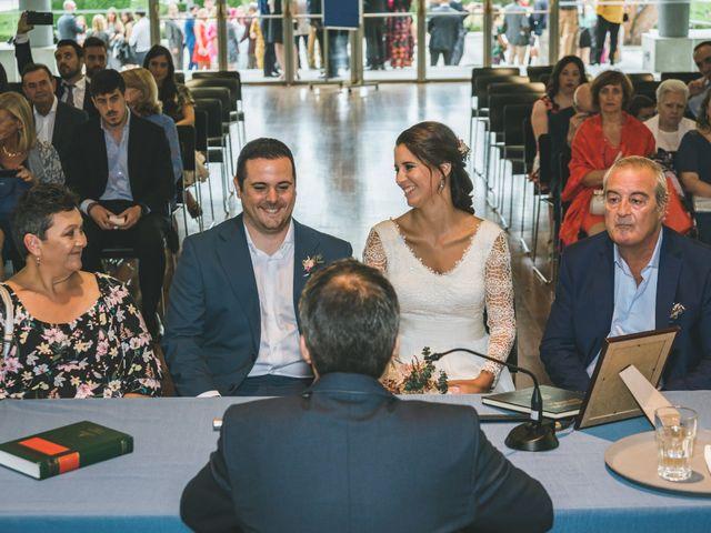 La boda de Javier y Claudia en Madrid, Madrid 22