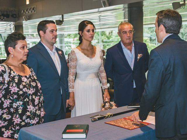 La boda de Javier y Claudia en Madrid, Madrid 24