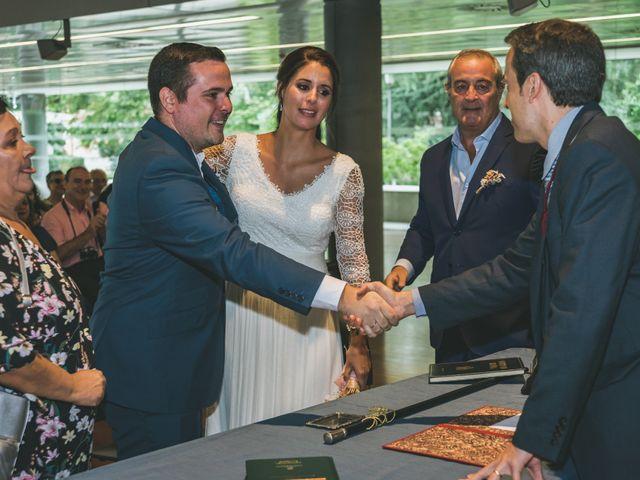 La boda de Javier y Claudia en Madrid, Madrid 27